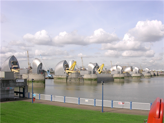 Condition monitoring protects London's Thames Barrier